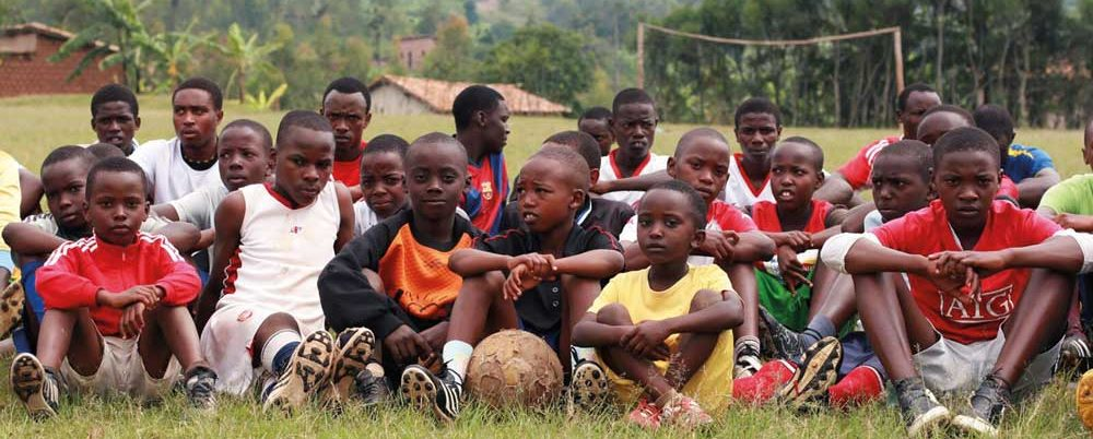 Rwanda-la-surface-de-réparation-de-FX-Destors-et-M-Thomas-Penette